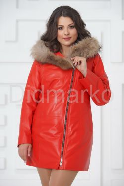 Красная кожаная демисезонная куртка больших размеров
