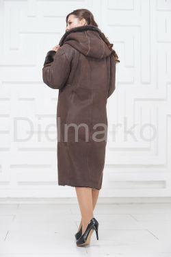 Женское пальто из овчины с капюшоном