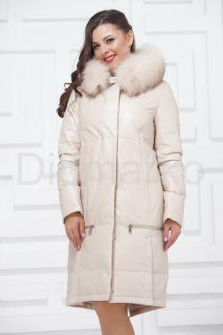 Зимнее кожаное пальто цвета слоновой кости