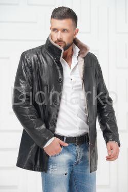 Мужская дубленка со светлым мехом