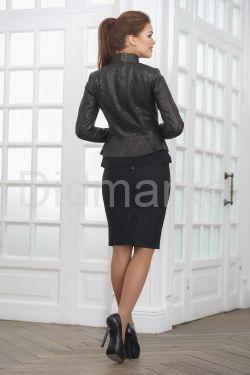 Молодежная кожаная куртка под питона Весна 2021