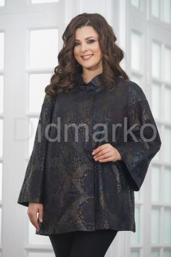 Женская удлиненная куртка из замши