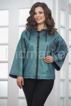 Короткая женская кожаная куртка больших размеров