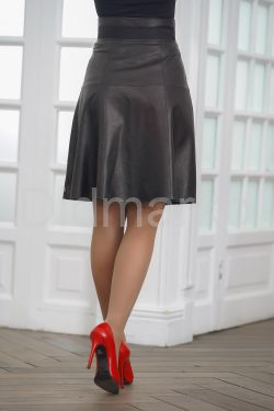Кожаная миди-юбка