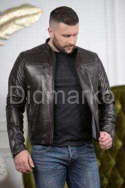 Кожаная мужская куртка черного цвета Осень 2019