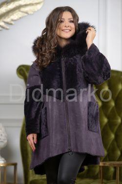 Женская дубленка в стиле бохо фиолетового цвета