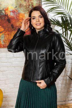 Короткая кожаная куртка для женщин черного цвета 20
