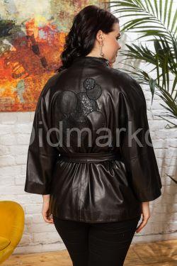 Весенняя кожаная куртка с принтом на спине