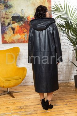 Кожаное женское пальто с капюшоном