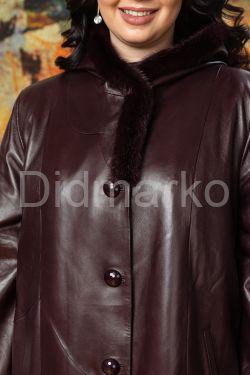 Утепленное кожаное пальто для милых дам AYZA