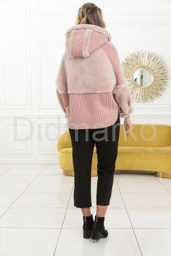 Демисезонная куртка с вязаными вставками