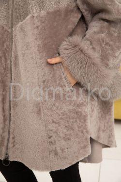 Трапециевидная дубленка в стиле бохо жемчужного цвета