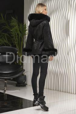 Элегантная замшевая куртка на кулиске