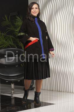 Замшевая куртка в стиле оверсайз