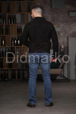 Короткая куртка из замши