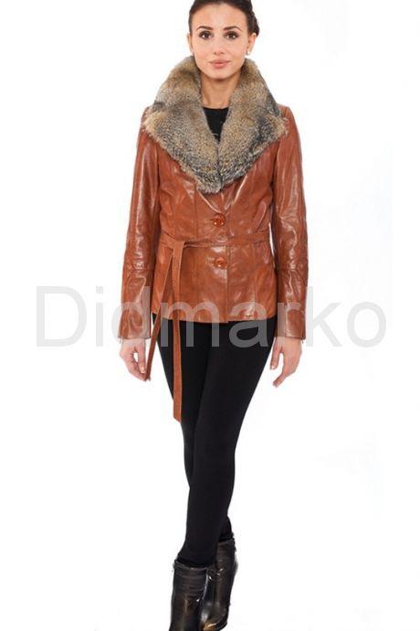 Кожаный пиджак с воротником из меха степной лисы. Фото 1.