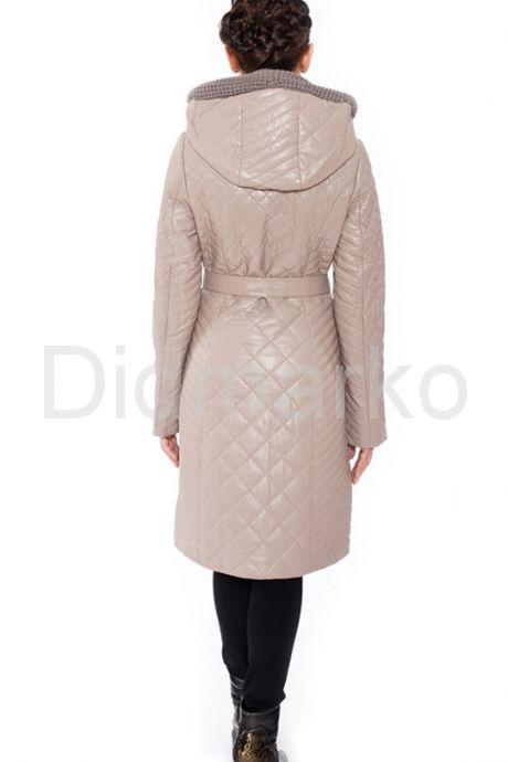 Практичное стеганое пальто на каждый день. Фото 7.