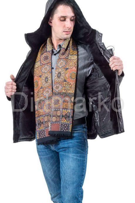 Стильный кожаный пуховик черного цвета. Фото 3.