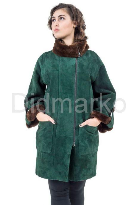 Женская дубленка зеленого цвета. Фото 1.