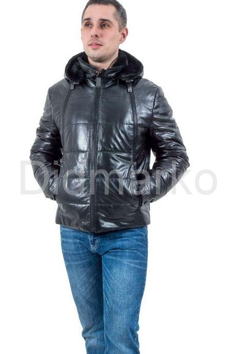 Мужской кожаный пуховик с принтом. Фото 1.