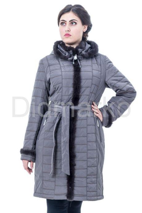 Классическое пальто цвета каппучино. Фото 1.