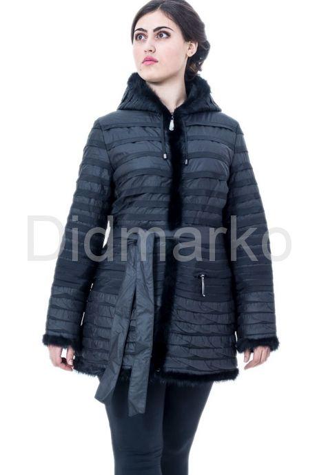 Классическая куртка черного цвета. Фото 1.