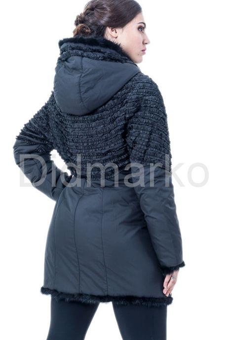 Оригинальная куртка с оторочкой из вязаной норки. Фото 2.