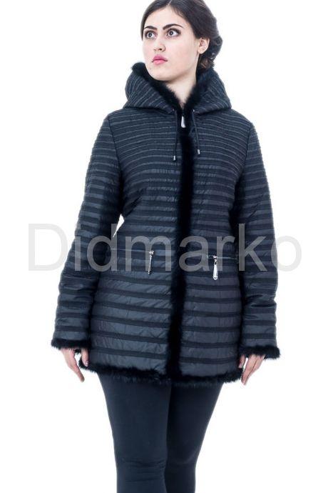 Приталенная куртка черного цвета. Фото 3.