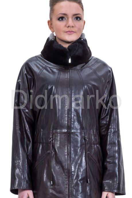 Женская кожаная куртка шоколадного цвета. Фото 1.