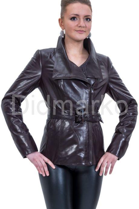 Кожаная куртка косуха коричневого цвета. Фото 1.