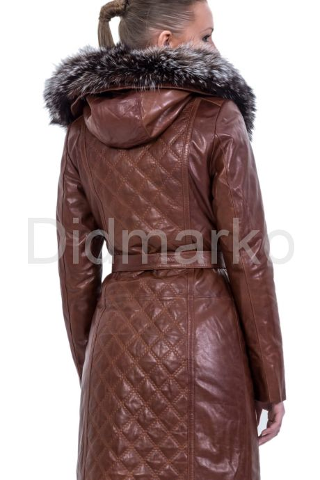 Рыжее кожаное пальто с капюшоном и мехом чернобурки. Фото 7.