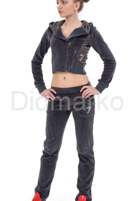 Стильный молодежный костюм серого цвета. Фото 1.