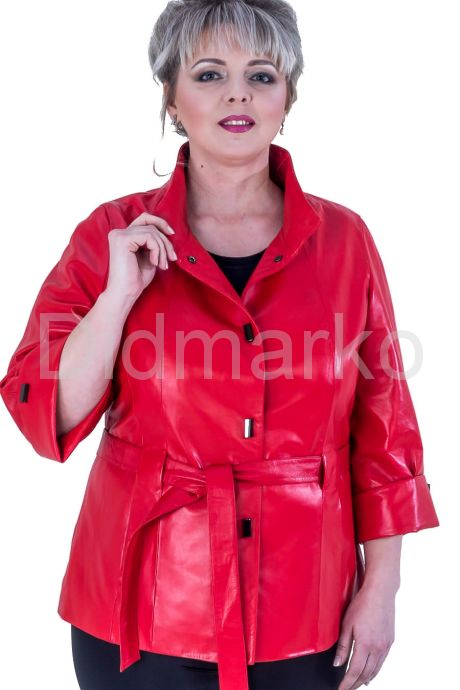 Кожаная женская куртка больших размеров. Фото 1.