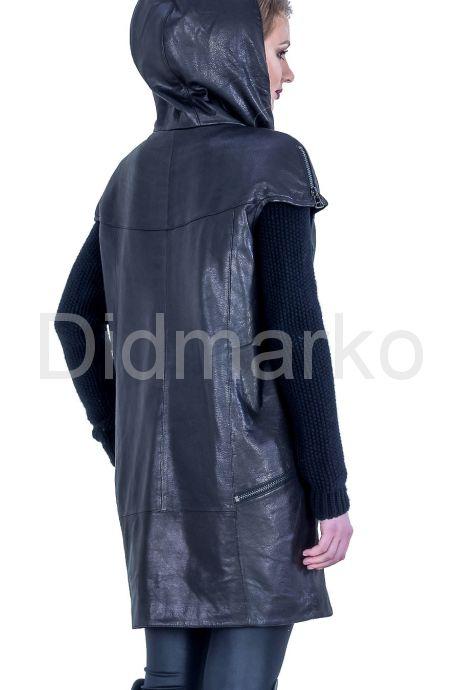 Демисезонное кожаное пальто с капюшоном. Фото 10.