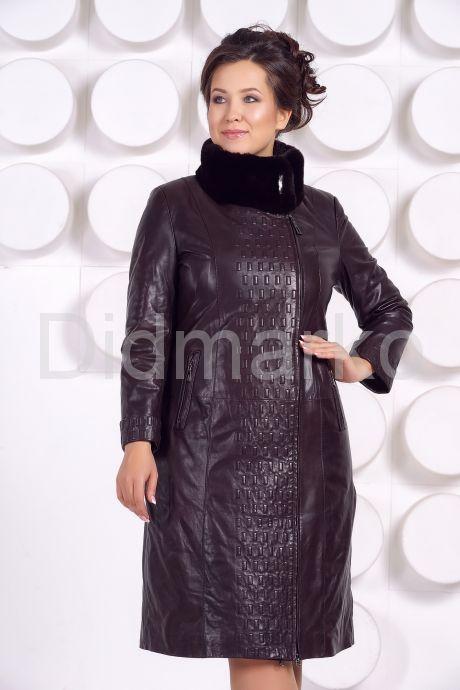 Стильное кожаное пальто больших размеров. Фото 2.