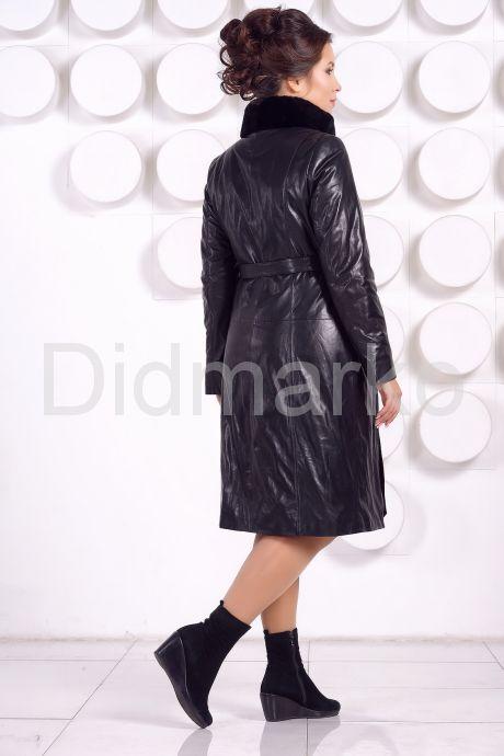 Длинное кожаное пальто с рисунком. Фото 4.