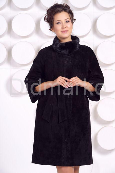 Красивое замшевое пальто. Фото 2.