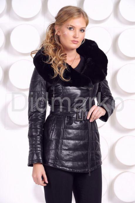 Демисезонная кожаная куртка с капюшоном. Фото 4.