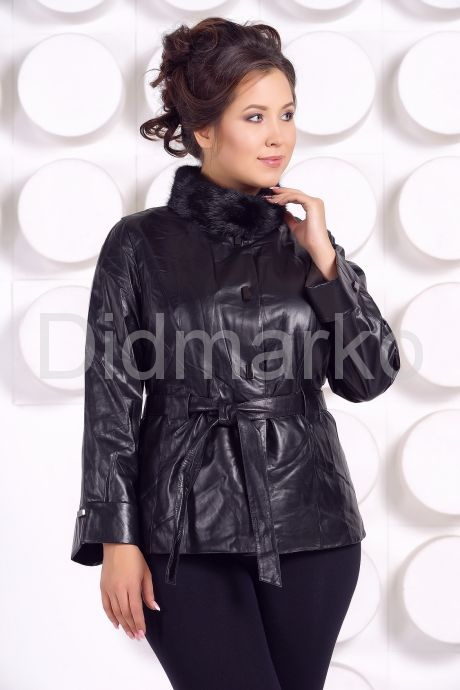 Демисезонная кожаная куртка с воротником из меха норки. Фото 2.