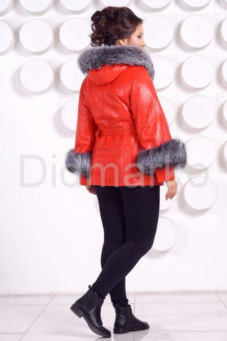Красивая кожаная куртка с отделкой из меха чернобурки. Фото 4.