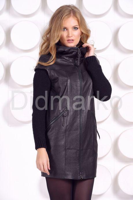 Демисезонное кожаное пальто с капюшоном. Фото 1.