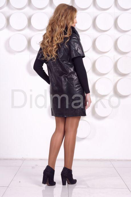 Кожаное пальто с воротником из песца. Фото 5.