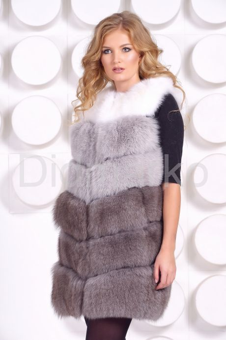 Женский трехцветный меховой жилет. Фото 3.