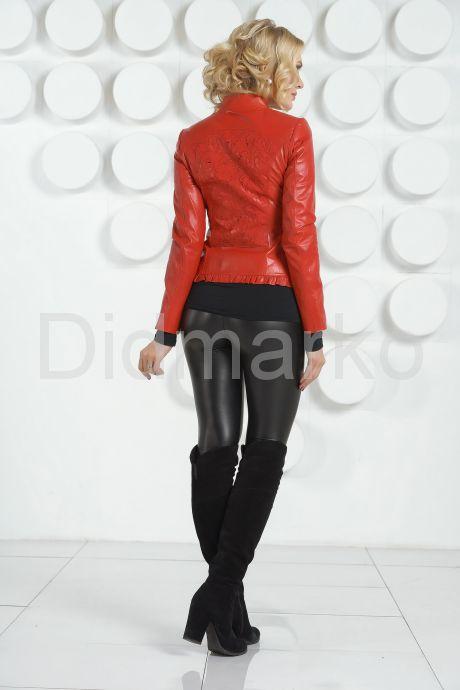 Модная куртка с узором на спине. Фото 4.