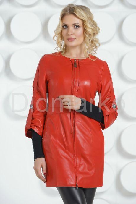 Красный кожаный плащ с коротким рукавом. Фото 2.