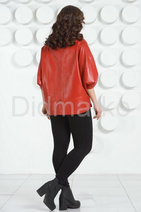 Красная кожаная куртка для женщин. Фото 4.