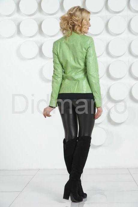Кожаная куртка салатового цвета на молнии. Фото 4.