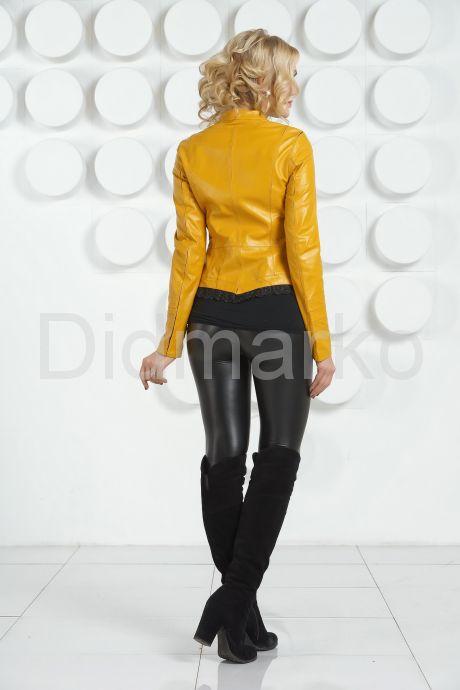 Модная кожаная куртка желтого цвета. Фото 4.