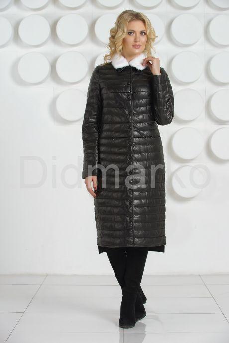 Длинное кожаное пальто с воротником из меха норки. Фото 1.