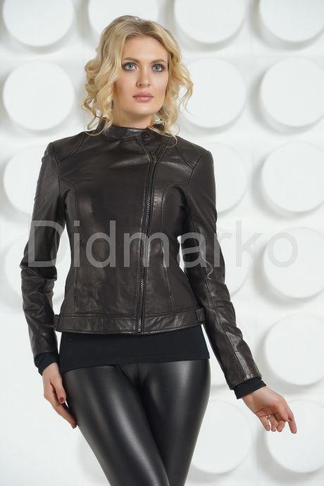 Кожаная молодежная куртка черного цвета. Фото 2.